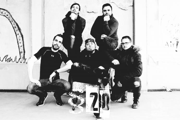 Band Foto Paragraph 20